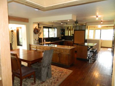 Lake Arrowhead cabin rental - kitchen