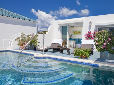 Roof top pool Luxury Villa In Exclusive 24-HR Guarded Beachfront Community