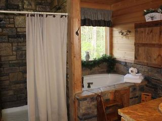 Blue Ridge cabin photo - Master Bath