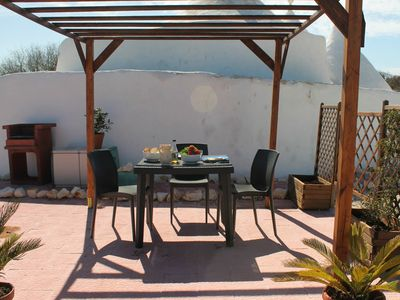 Ceglie Messapica cottage rental - Lunch under the pergola
