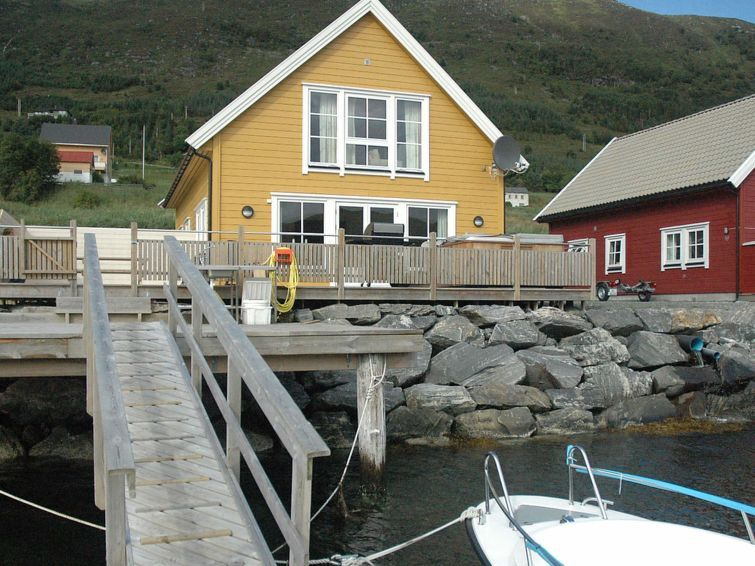 Vacation home Haugsbygda  in Gursken, Northern Fjord Norway - 8 persons, 4 bedrooms