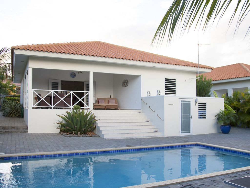 Luxury Villa For Rent With Swimming Pool Homeaway Curacao