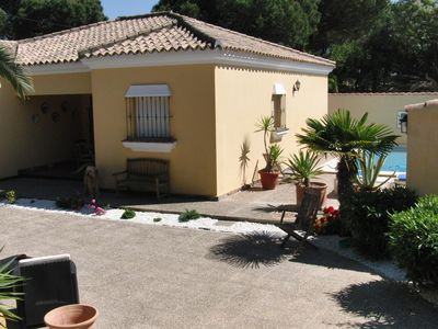 Comfortable holiday home available, 6 people, pool, the pine forest