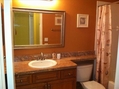 Fort Myers Beach condo rental - Guest bathroom