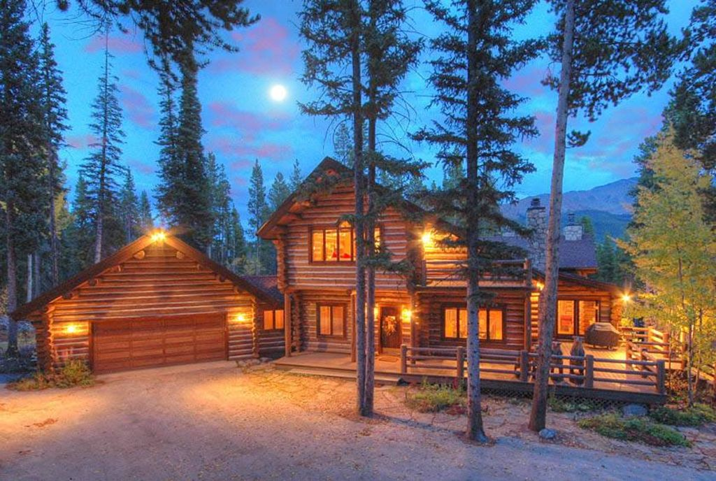 Bear Lodge Private Home Beautiful Setting Vrbo