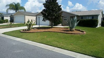 Must see!  Nice 2 Bed/2 Bath home w/golf cart!