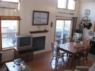 Solomons Island house rental - Great Room dining area
