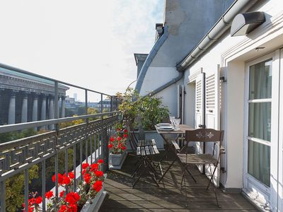 ***LUXURY*** Top Floor Apartment with Private Terrace in the Heart of Paris!