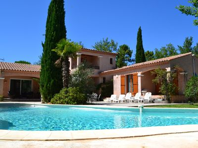 Trans-en-Provence house rental - Swimming pool and villa 2