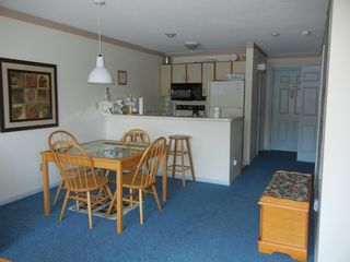 North Woodstock condo photo - Dining & Kitchen Area