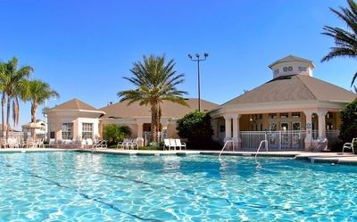 Windsor Palms- Clubhouse and Pool. 8-10 minutes to Disneyworld!