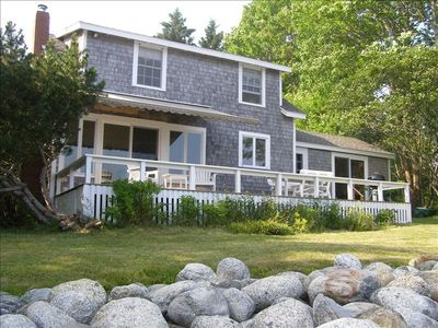 Charming Beachfront Cottage with Glorious Views of Penobscot Bay