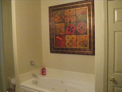 Branson West villa rental - Master bathroom jetted tub, separate shower and large walk in closet