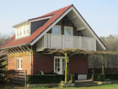 A holiday home with a beautiful view near Venlo