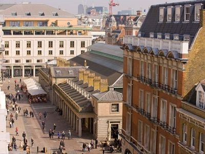 Covent Garden apartment rental - View of piazza and Royal Opera House from terrace