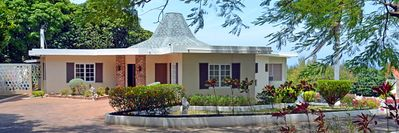 Russell Hall Villa: Enjoy the Tropical Paradise Called Jamaica
