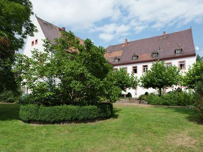 Holiday in a castle - apartment with terrace, garden and a park