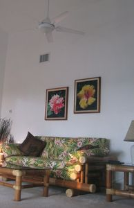 Kailua Kona house rental - Living room & master bedroom feature cathedral ceilings with ceiling fans