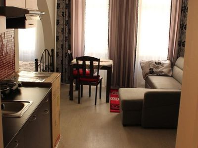 KV Aprt 2 - Studio Apartment, Sleeps 4