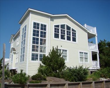 South Bethany Beach house rental - The Sand Trap sits in a corner lot.