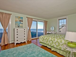 Narragansett Pier house photo - Master bedroom-second floor