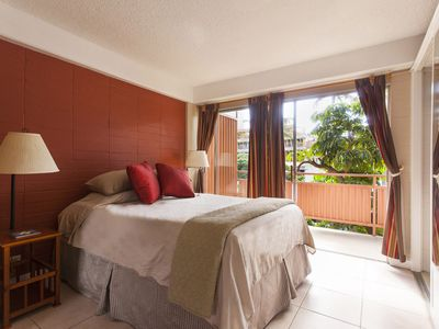 1 Block to beach, Full Kitchen in the Heart of Waikiki, sleeps up to 4