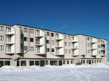 Snowshoe Mountain condo rental - Mountain Lodge 2br/2ba conveniently located outside the Ballholder lift