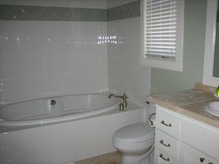 Inlet Beach townhome photo - 2nd floor east master bath. Jetted tub and separate shower.
