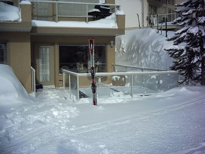 Born 2 Run Ski Run Hot Tub and Living Room door, Big White, BC - The ultimate ski access best ever!
