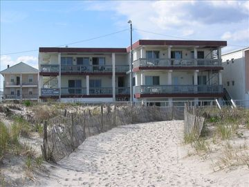 Boardwalk condo rental - Six luxurious units with incredible ocean views