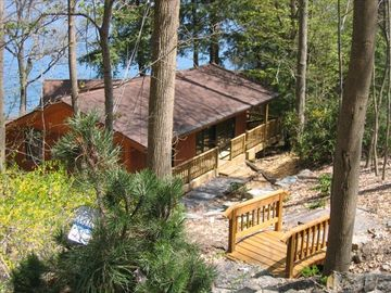 Ithaca cabin rental - view of Cabin from parking