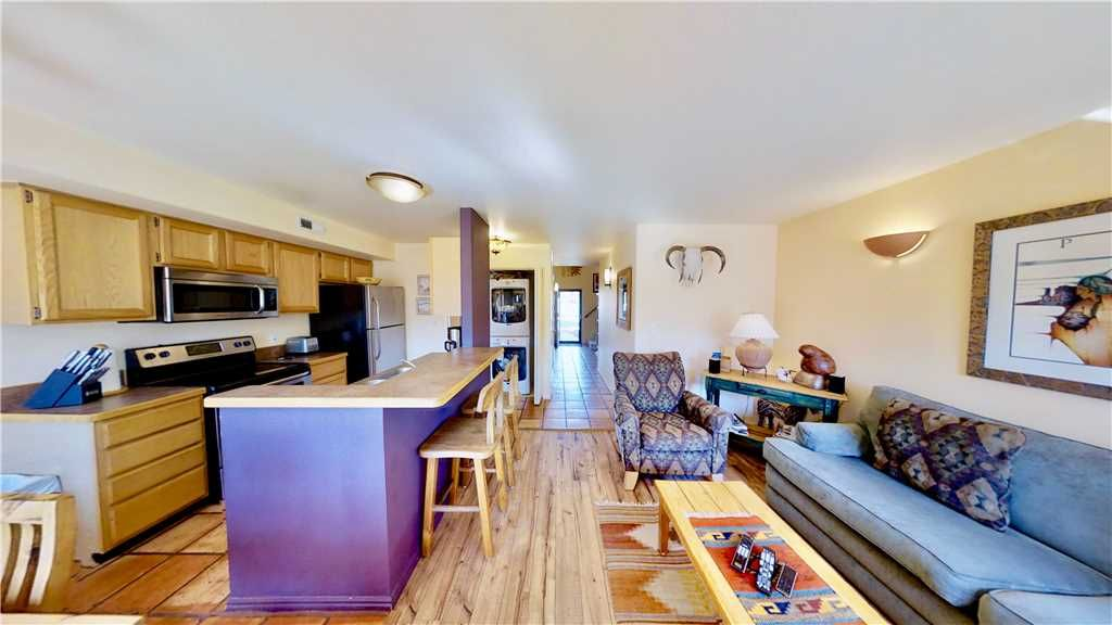 3 Bed 2 Bath Condo by the Moab Golf Course. Great Sunset Views