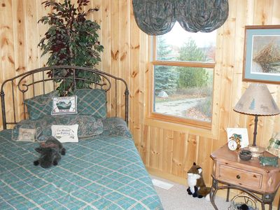 Torch Lake cabin rental - Guest Room with Queen Bed