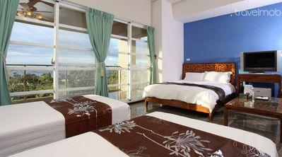 Balcony Seaview 8pax Kenting