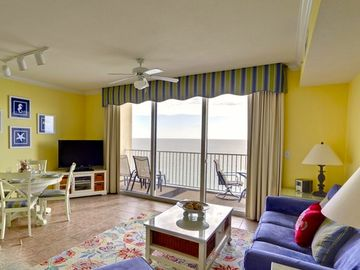 Tidewater Beach Resort condo rental - Bright, spacious living area with lots of comfortable seating & ocean front view