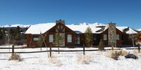 Retreat on the Swan - One level ranch style custom log home!