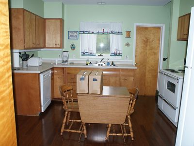 Clayton cottage rental - Kitchen