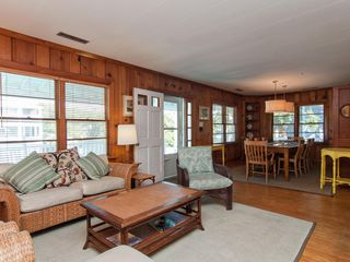 classic oceanside beach cottage with homeaway wrightsville beach