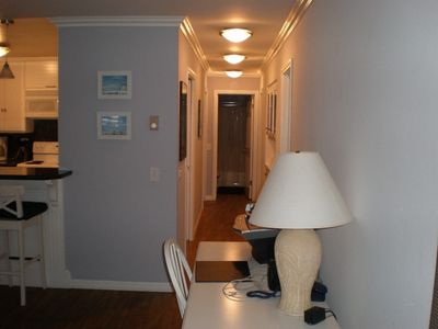 Hallway number 2 to the bedrooms.