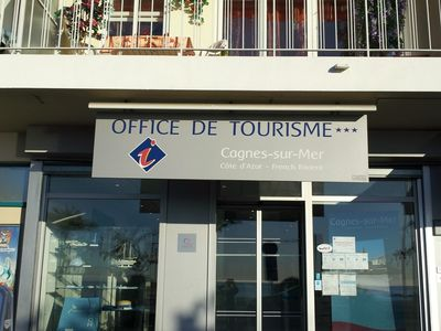 New Office of Tourism within walking distance. Helpful, English speaking staff