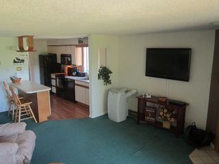 "Jackson condo photo - Living room with 47"" LCD TV"