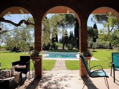 LE BALZE: peaceful park 1 mile from centre, 3 elegant apartments, swimming pool - LE ROSE apartment