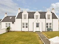 TIGH DHOMHNAILL, family friendly in Staffin, Ref 920821