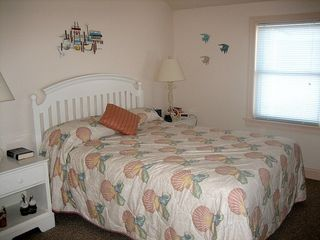 Kitty Hawk house photo - Two Master bedrooms with private bath.