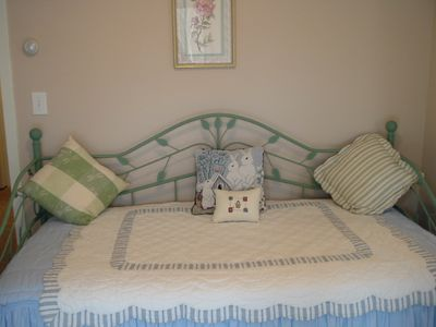 Campton house rental - Bedroom#4 adjoins Master twin and trundle