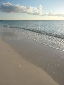 Grand Cayman condo rental - Lovely beach for a stroll