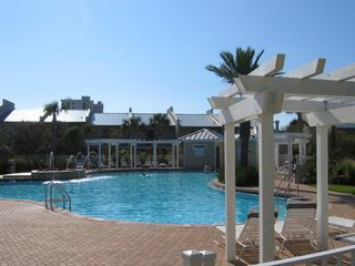 Beach Retreat Has Barbecues, Hot Tub, Fitness Room & Clubhouse - Beach Retreat Condos condo vacation rental photo