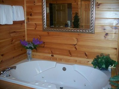 Oversized Jacuzzi Tub Ready To Soak Away The Stress! Or Share..hmmm
