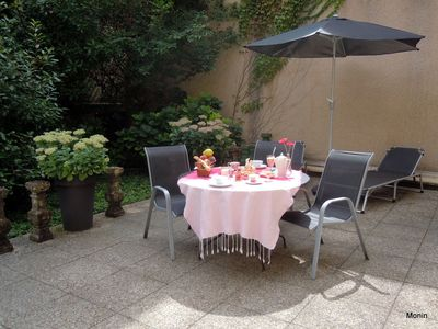 LYON Vieux Nice atypical apartment, terrace garden of 100 m2, private garage