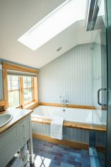 Kennebunkport cottage photo - Master bath #1